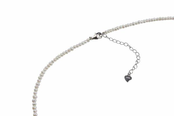 Perlenkette schmal an Silberverschluss handgemachtes Unikat