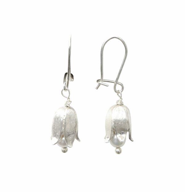 Silberohrhänger Maiglöckchen mit Perle quer