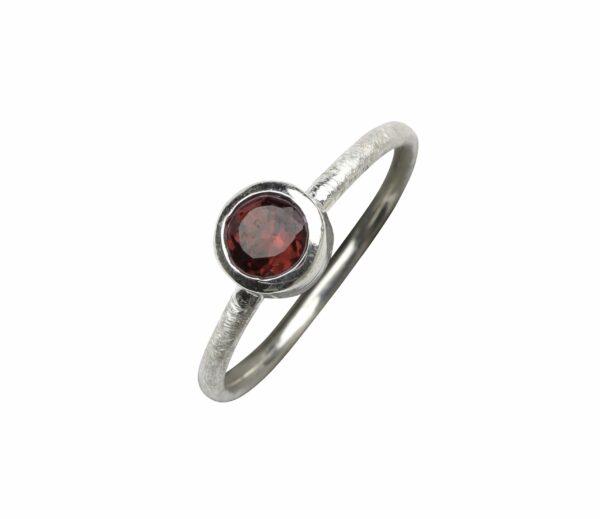 Silberring matt mit Granat (rot) rund