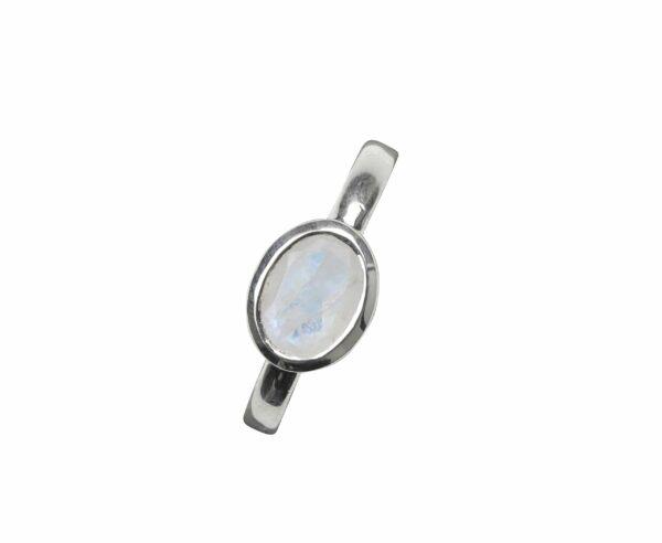 Silberring glatt mit Mondstein oval