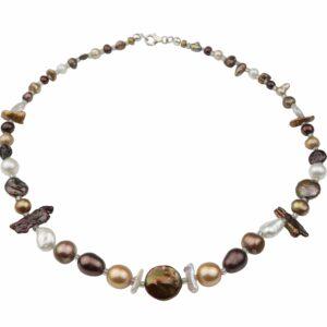 Perlenkette mit braunen Perlen