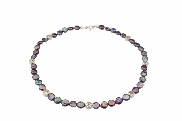 dunkelgraue lila Perlennuggets mit kleinen Silberspiralen und Silberverschluss handgemachtes Unikat
