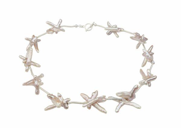 rosane Perlenkreuze mit gebürsteten Silberstäbchen absolut einzigartig und Silberverschluss handgemachtes Unikat