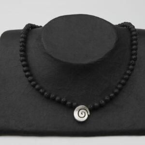 Lavakette mit Silberspiralen