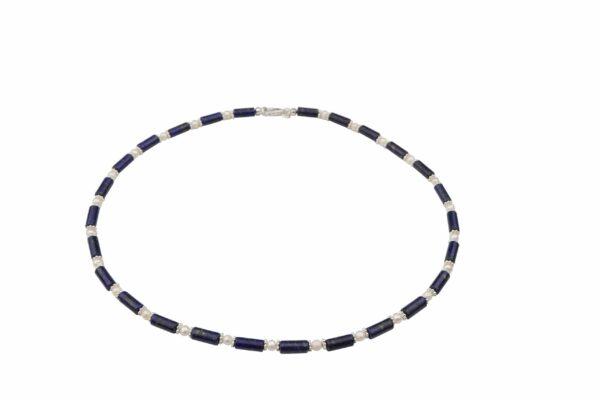 Lapislazuliröhren mit weißen Perlen und Silberplättchen dazu Silberverschluss handgemachtes Unikat