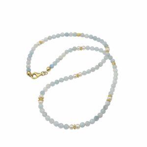 Aquamarinkette mit Perlen und vergoldetem Silber